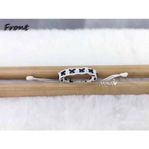 [Monde] 1/3 Lover Bracelets (Cross) White-x-Black